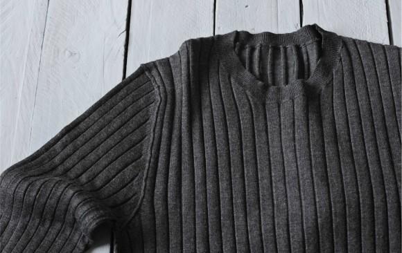 Jersey and Sweatshirt